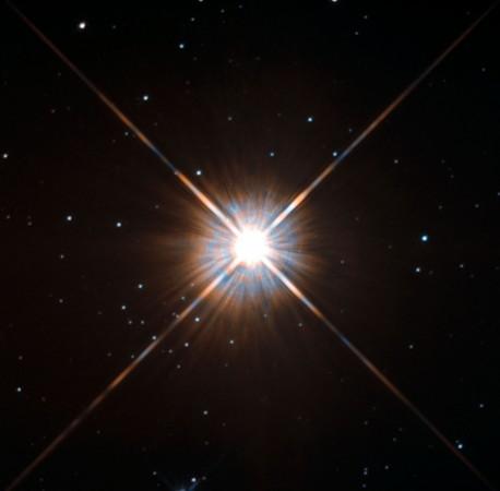 1482827907_nasa-hubble-space-telescope-proxima-centauri
