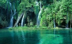 Tarampoto-falls.jpg