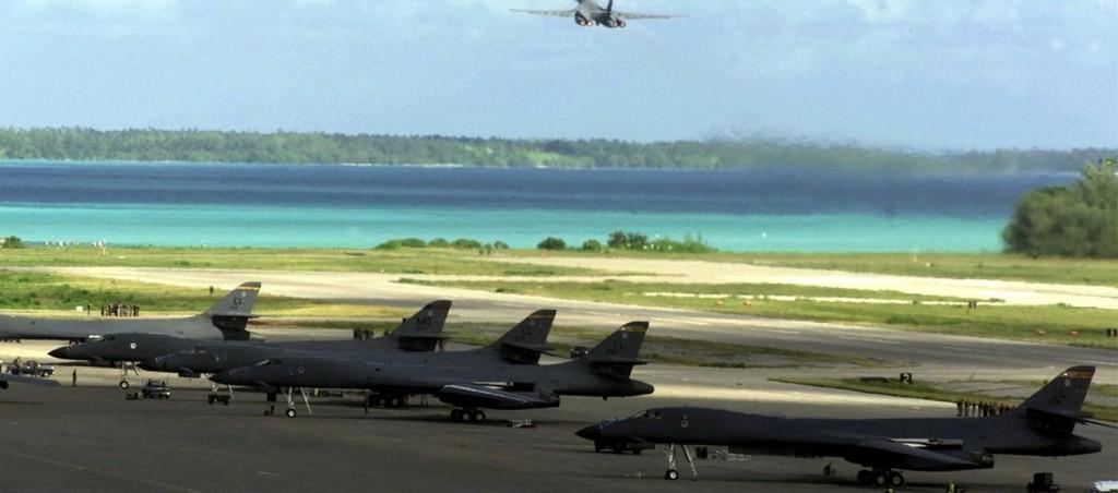 1280px-B-1_Bombers_on_Diego_Garcia-1560x690_c.jpg