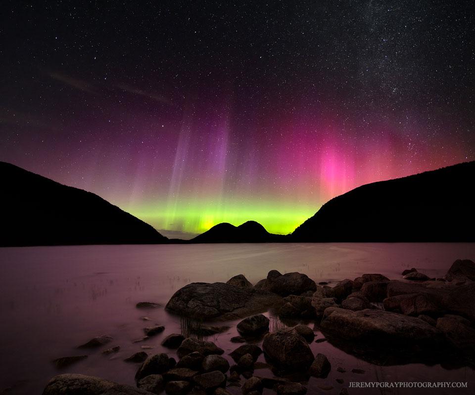 aurora01_gray_960.jpg