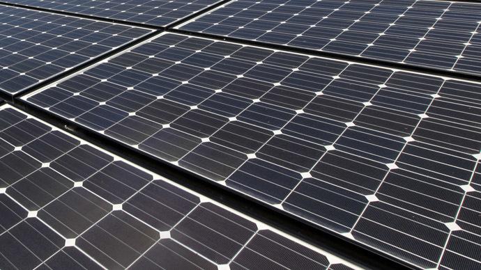 solar-panels-print-plastic.si.jpg