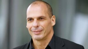 yanis-varoufakis-becomes-unlikely-sex-symbol-in-germany.w_hr.jpg