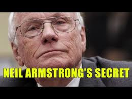 Linda Moulton Howe - Neil Armstrong's Secret UFOs On The Moon