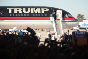 Donald Trump speaking with supporters at a hangar at Mesa Gateway Airport in Mesa, Arizona. Dec. 16, 2015. (Flickr Gage Skidmore)