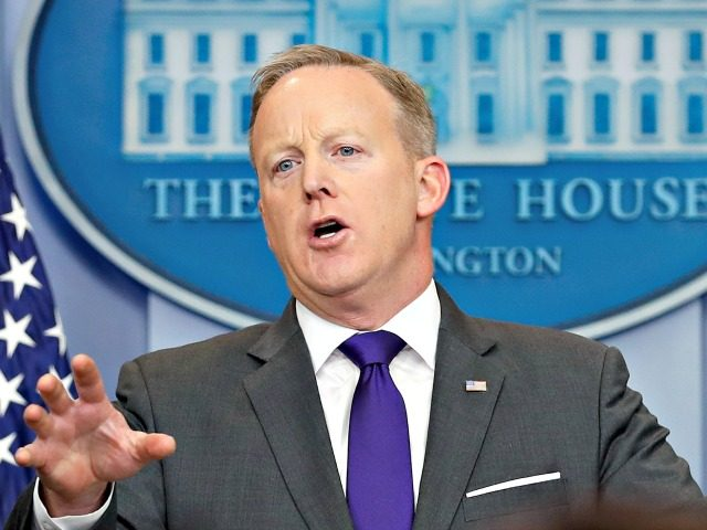Sean-Spicer-Podium-640x480