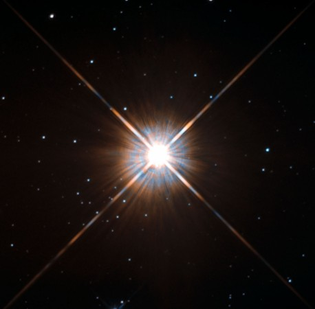 1482827907_nasa-hubble-space-telescope-proxima-centauri