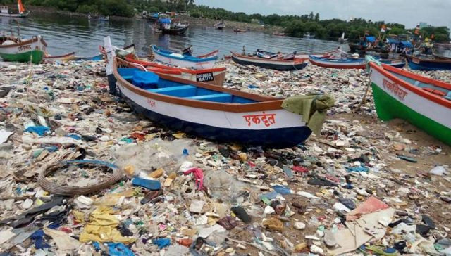 versova-beach-cleanup
