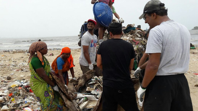 versova-beach-cleanup7